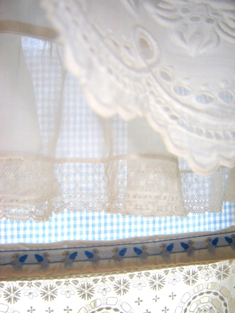 Nana S Nursery Window Shade And Valance Janice Ferguson Sews