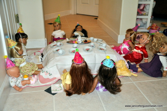doll-table2