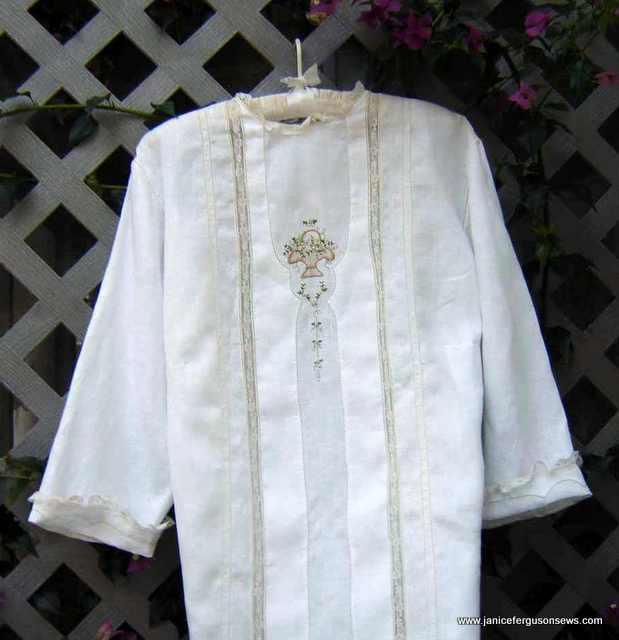 blossom basket blouse