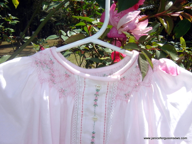pinkdaygowntopF2Brite