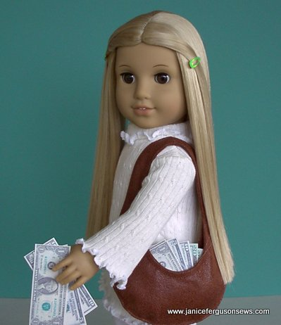 Check this out--free printable doll-sized cash! From Doll Clothes Patterns.