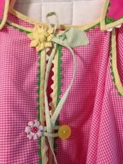 pink gingham back