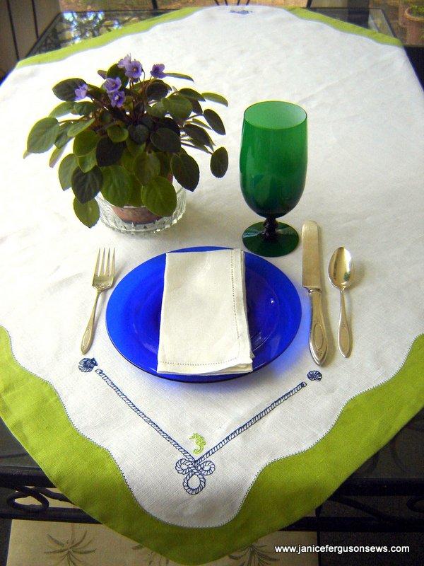 corner tablecloth 2