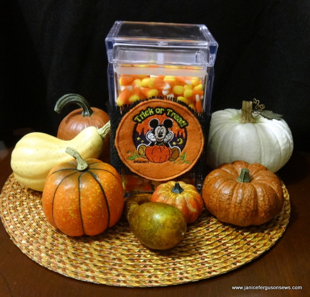 candy jar pumpkinscr