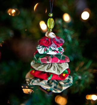 yo-yo tree ornament