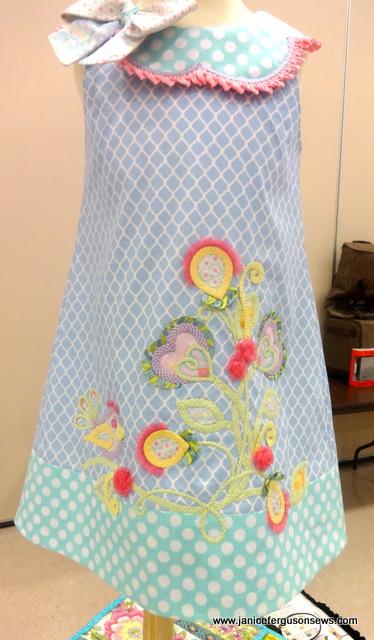 heart bouquet dress