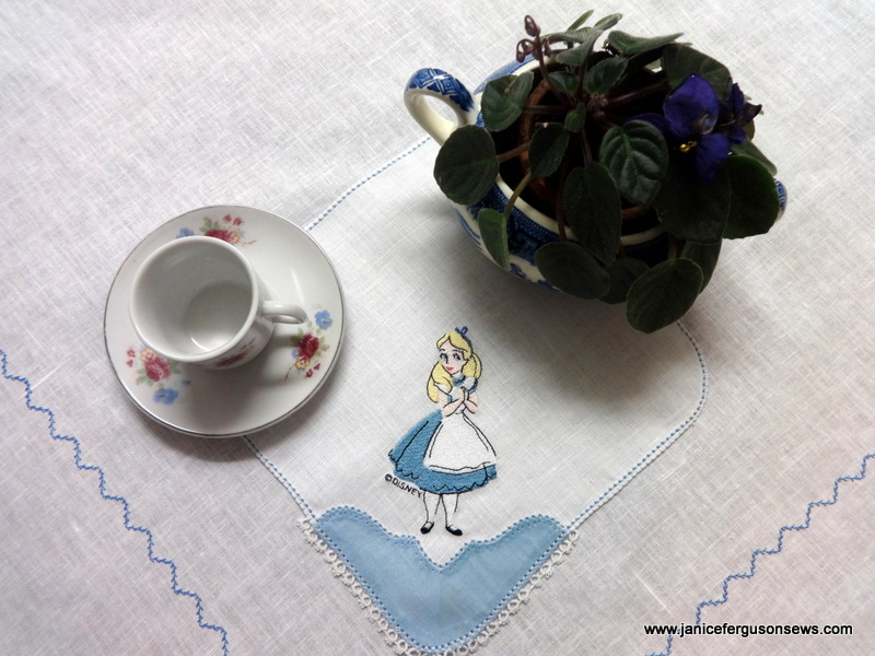 Alice napkin close