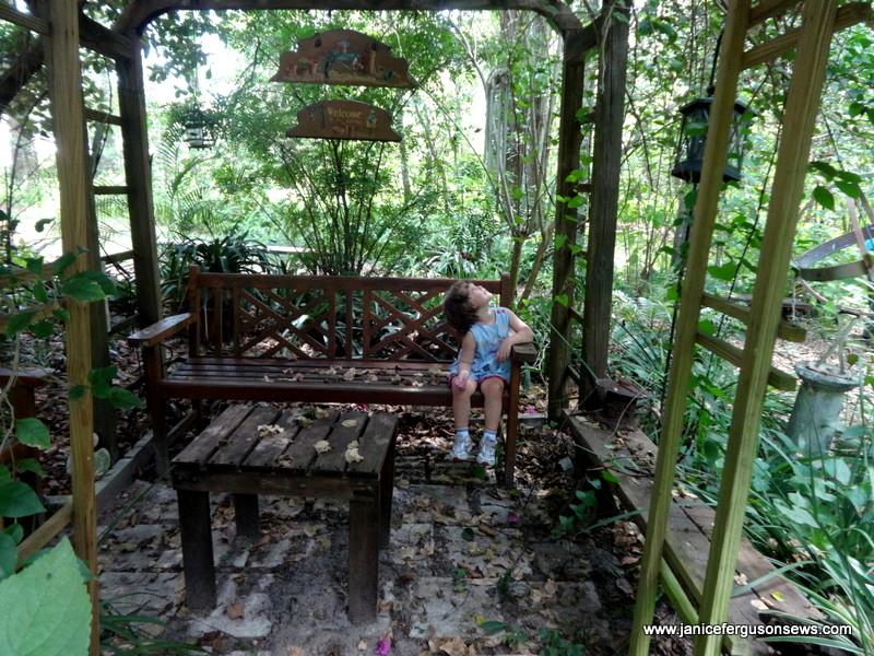 v-secret-garden